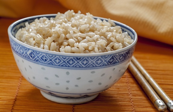 Brown-rice-in-a-bowl
